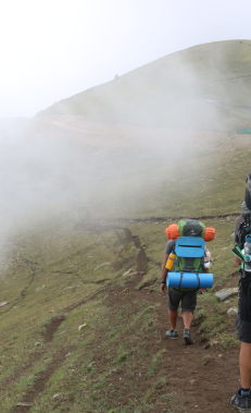 Hiking along the Chiragli – Azgilli trail