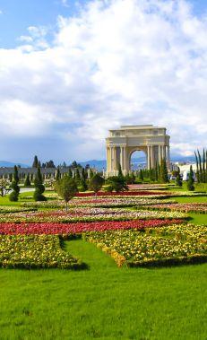 Qafqazın ən böyük parkında gəzinti və əyləncə
