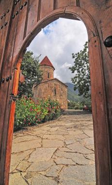 Откройте наследие Кавказской Албании неподалеку от Шеки