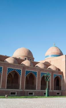 Посетите мечеть Имамзаде в Гяндже