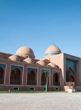 Visit the Imamzadeh Mausoleum in Ganja