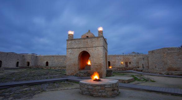 Ateshgah Fire Temple & Yanardag (Burning Mountain)