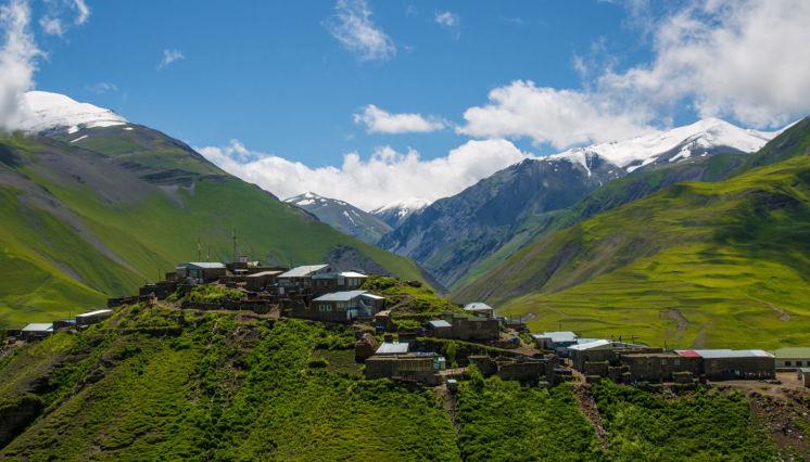 Xınalıqda Qafqaz dağlarının fəthi