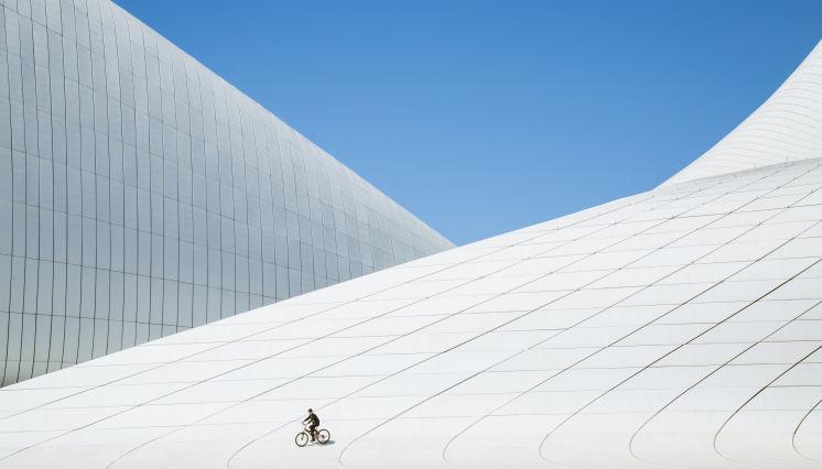 Восхититесь современными чудесами Баку
